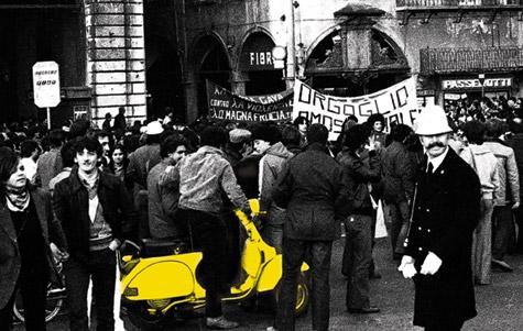 una foto della marcia del 1979 a Pisa
