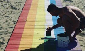 Passerella-spiaggia-arcobaleno-bagno-27-Rimini-di-Stefano-Mazzotti-gaypress.it