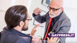 Episodio-di-omofobia-a-Bologna-su-Lorenzo-Donnoli-il-portavoce-di-6000-sardine-viene-chiamato-frocio-di-merda