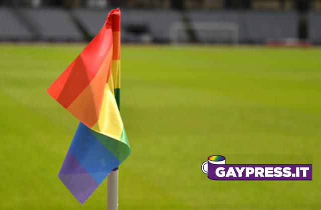Cori-omofobi-negli-stadi-il-governo-inglese-li-rende-illegali-punnedo-società-e-tifosi