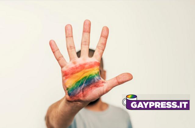 L'omofobia esiste e già bisogna della legge contro l'omotransfobia. Basta dire il contrario