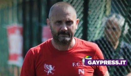Sopeso Fossati allenatore di calcio femminile per frasi omofobe