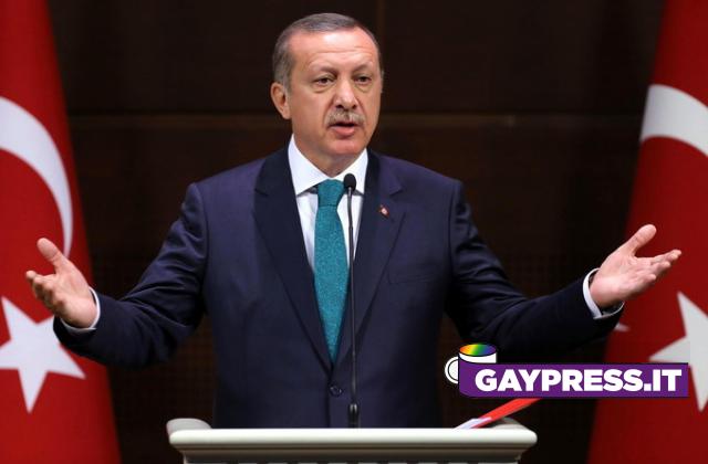 La Turchia manifesta la propria omofobia e lascia anche la Convenzione contro la violenza sulle donne