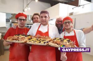 Ragazzi autistici che lavorano in pizzeria a Milano da PizzAut, insultati da haters sui Social