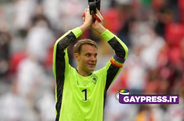 Uefa apre inchiesta sulla fascia da capitano arcobaleno di Neuer della Germania e poi chiarisce che è per buona causa